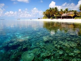 mirihi island resort maldives - surroundings