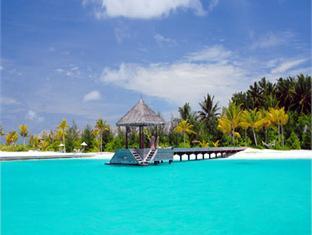 naladhu maldives resort - arrival jetty
