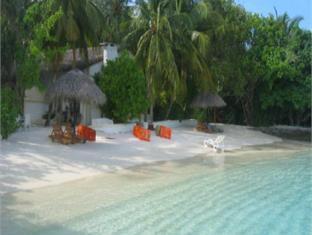 nika island resort maldives - beach