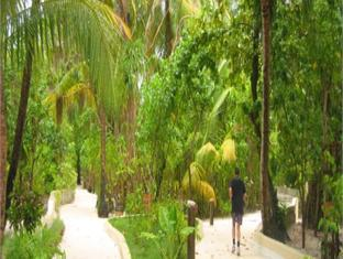 nika island resort maldives - garden