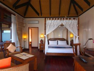 olhuveli beach spa resort maldives - deluxe water villa