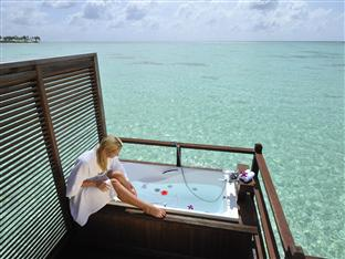 olhuveli beach spa resort maldives - jacuzzi water villa jacuzzi