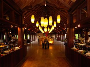 olhuveli beach spa resort maldives - restaurant