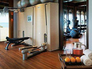 one only reethi rah resort maldives - gym