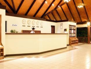 paradise island resort maldives - lobby