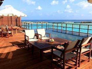 paradise island resort maldives- suiteroom