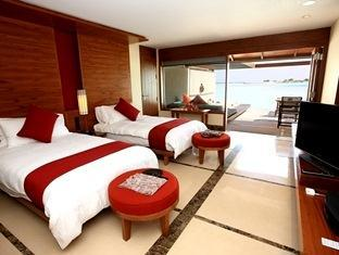 paradise island resort maldives- villa