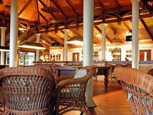 royal island resort maldives - bar