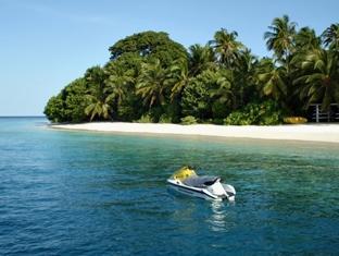 royal island resort maldives - surroundings