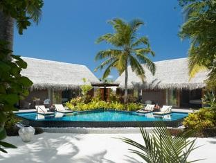 shangrilas villingili resort maldives - beach villa with pool