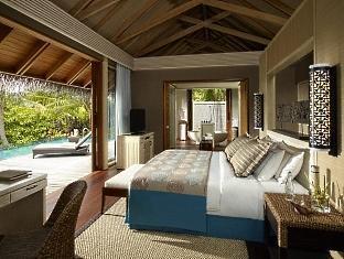 shangrilas villingili resort maldives - deluxepoolvilla