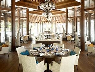 shangrilas villingili resort maldives - javvu restaurant