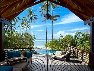 shangrilas villingili resort maldives - pool villa deck