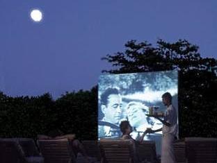 soneva fushi resort maldives - cinema paradiso
