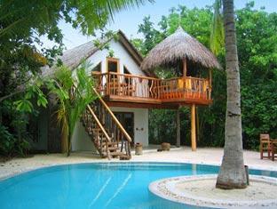 soneva fushi resort maldives - crusoe villa with pool exterior