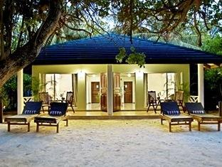 sun island resort maldives - superior deluxe room