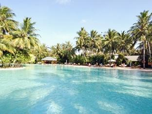 sun island resort maldives - swimmingpool