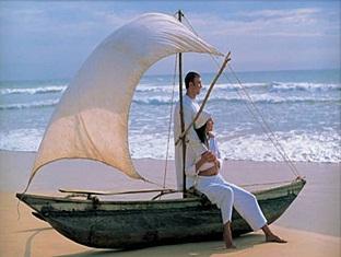taj exotica resort maldives - surroundings