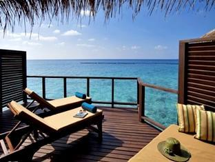 velassaru maldives resort - water bungalow sun deck