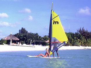 veligandu island resort maldives - water sports