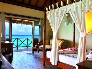 vilu reef beach spa resort maldives - honeymoon water villa