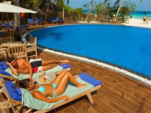 vilu reef beach spa resort maldives - swimming pool
