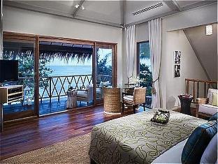 vivanta taj coral maldives resort - nirvana suite bed room