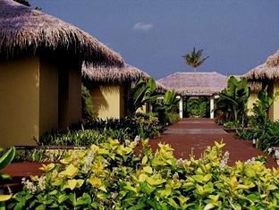 zitahli kudafunafaru resort maldives - hotel exterior