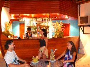 adaaran club rannalhi resort maldives - bar
