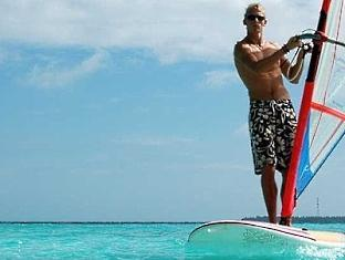 adaaran club rannalhi resort maldives - water sport