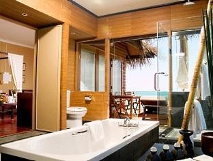 adaaran prestige ocean villas hudhuranfushi resort maldives - bathroom