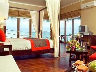 adaaran prestige ocean villas hudhuranfushi resort maldives - ocean villa