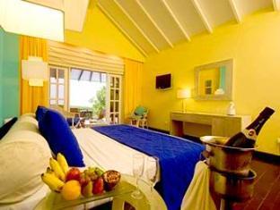 adaaran prestige water villas meedhupparu resort maldives - guestroom