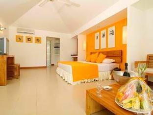 adaaran select hudhuranfushi resort maldives - beachvilla