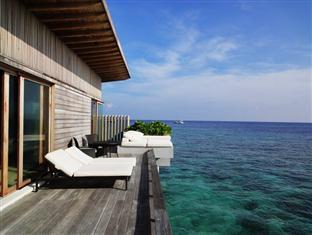 alila villas hadahaa resort maldives - park water villa lagoon