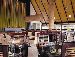 angsana resort spa ihuru maldives - riveli restaurant