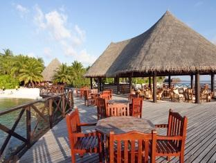 bandos island resort maldives - restaurant