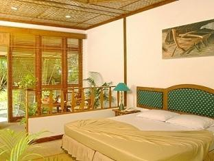 bandos island resort maldives - standard room