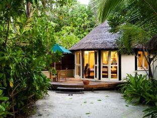 banyan tree vabbinfaru resort maldives - guest room exterior