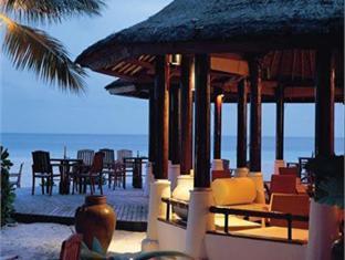 banyan tree vabbinfaru resort maldives - restaurant