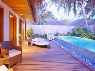 baros maldives resort - baros residence with pool