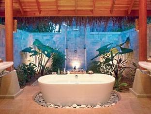 baros maldives resort -bathroom