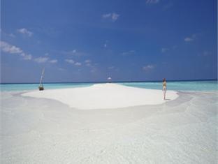 baros maldives resort - sand bank