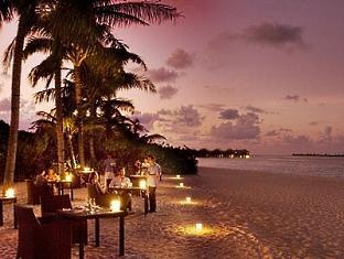 beach house waldorf astoria resort maldives - medium rare