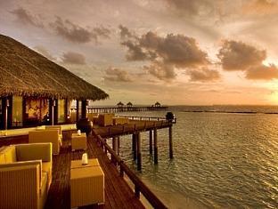 beach house waldorf astoria resort maldives - salt water