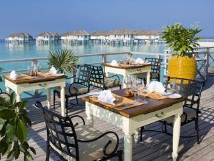 centara grand island resort maldives - italian restaurant