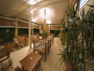 chaaya lagoon hakuraahuraa resort maldives - lobby