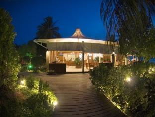 chaaya lagoon hakuraahuraa resort maldives - reception