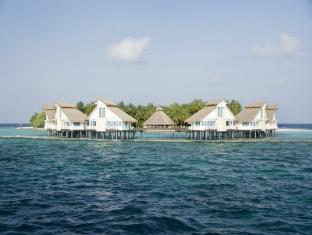 chaaya reef ellaidhoo resort maldives - hotel exterior