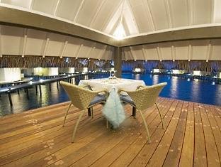 chaaya reef ellaidhoo resort maldives - pool side restaurant